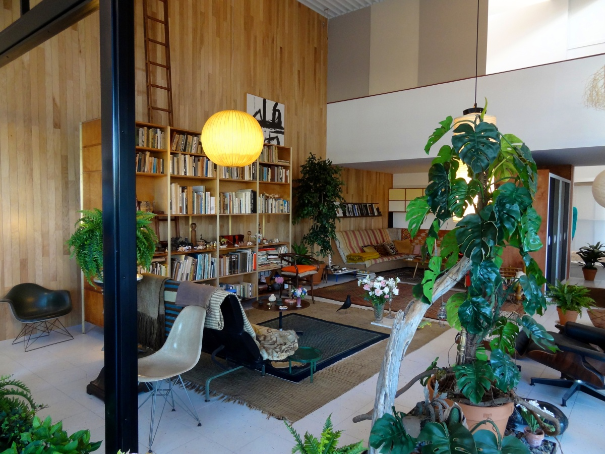 pstinla case study house california design lacma charles and ray eames secretgardenproperties. Black Bedroom Furniture Sets. Home Design Ideas
